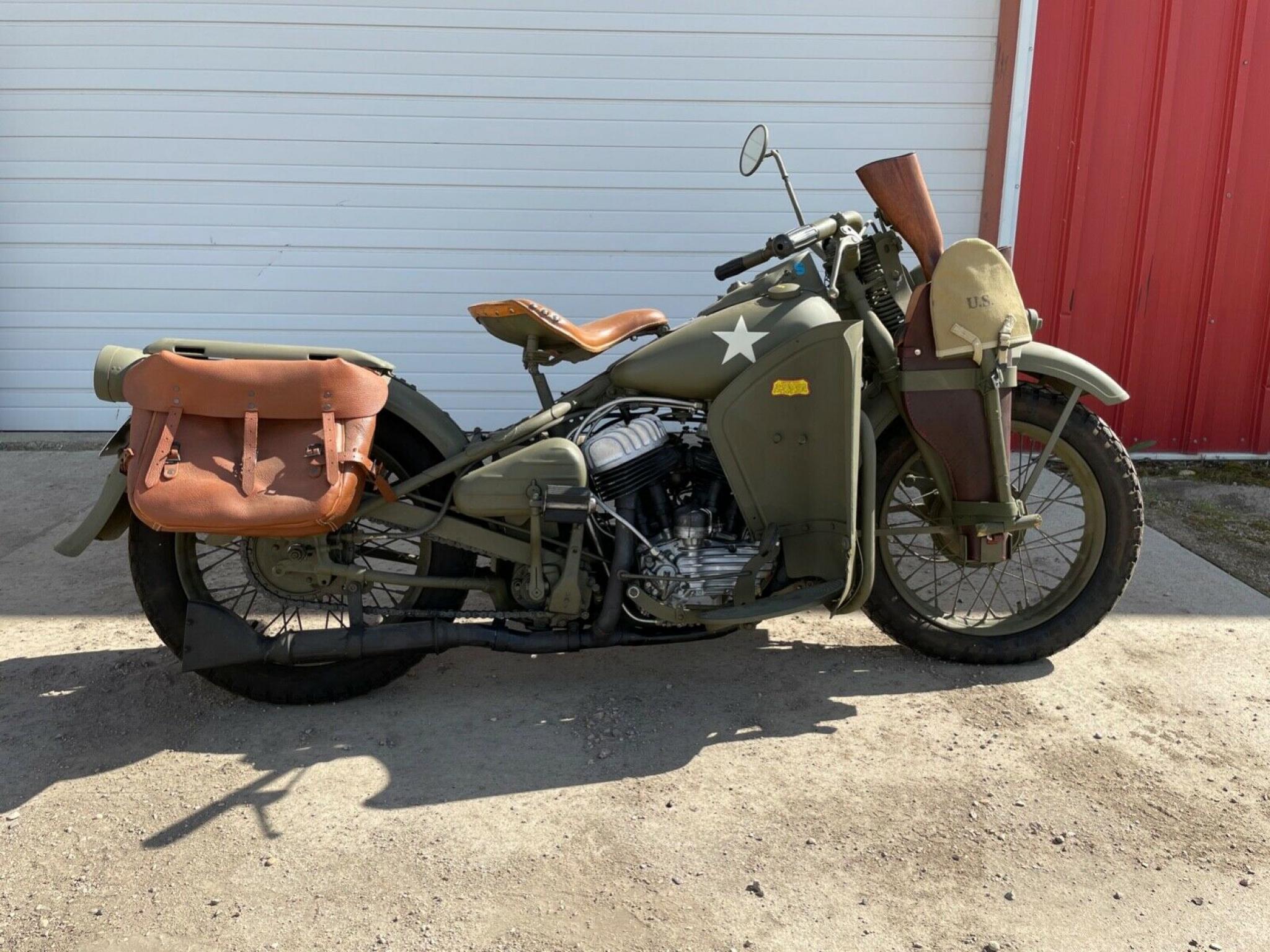 ハーレーダビッドソン 1942 WLA Army limited 車体写真1