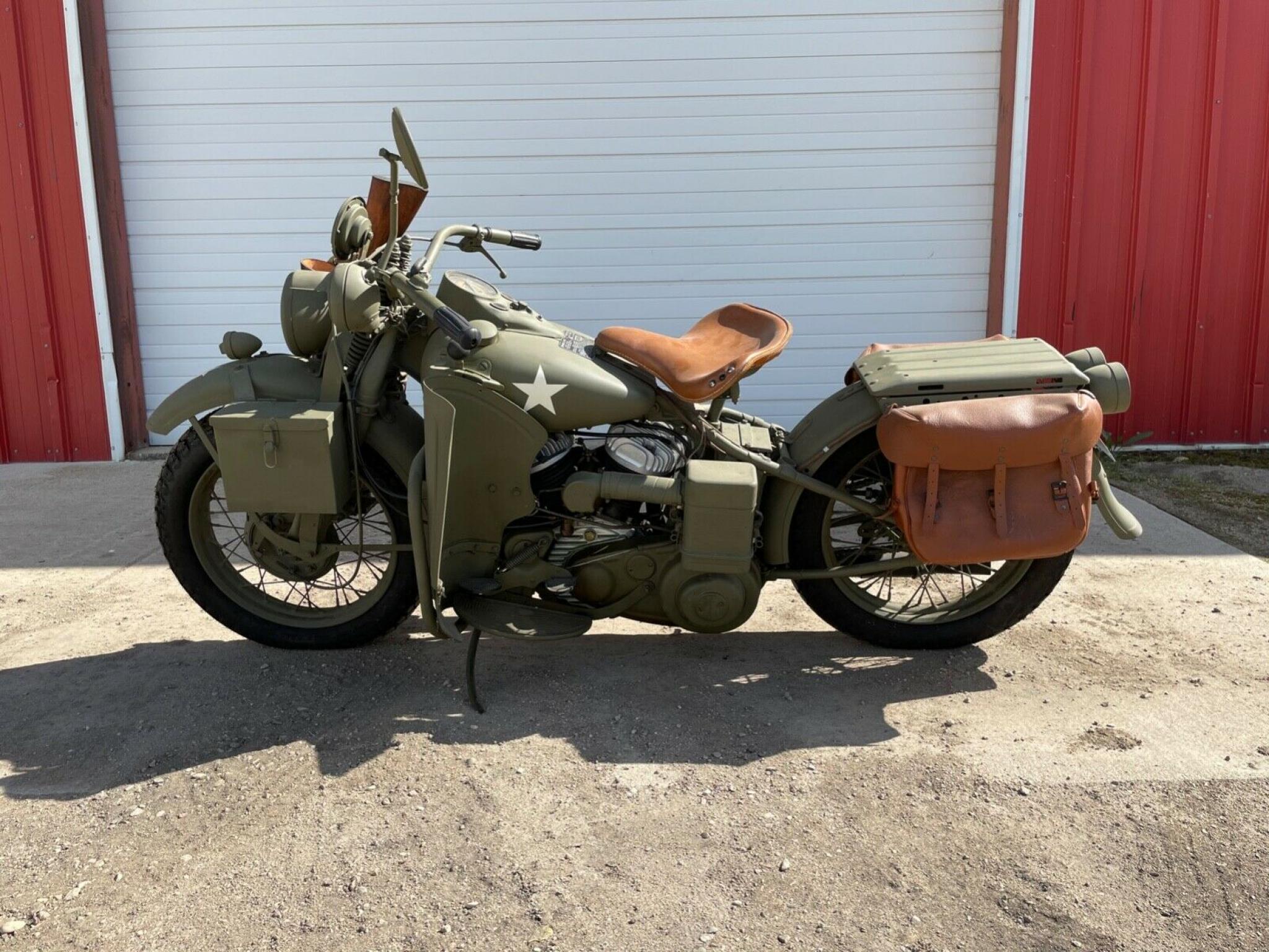 ハーレーダビッドソン 1942 WLA Army limited 車体写真2