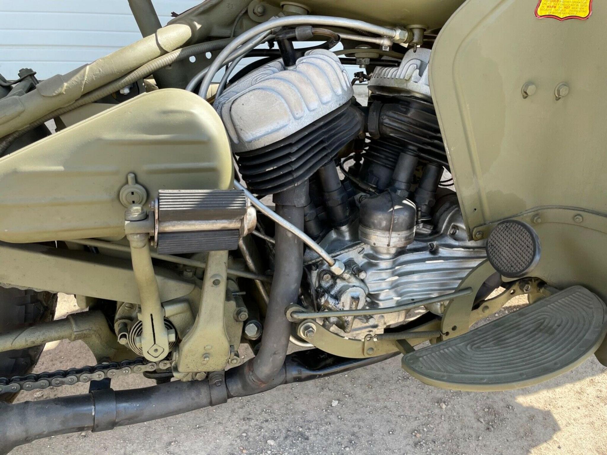 ハーレーダビッドソン 1942 WLA Army limited 車体写真3