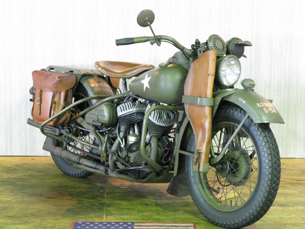ハーレーダビッドソン 1942 WLA 車体写真2