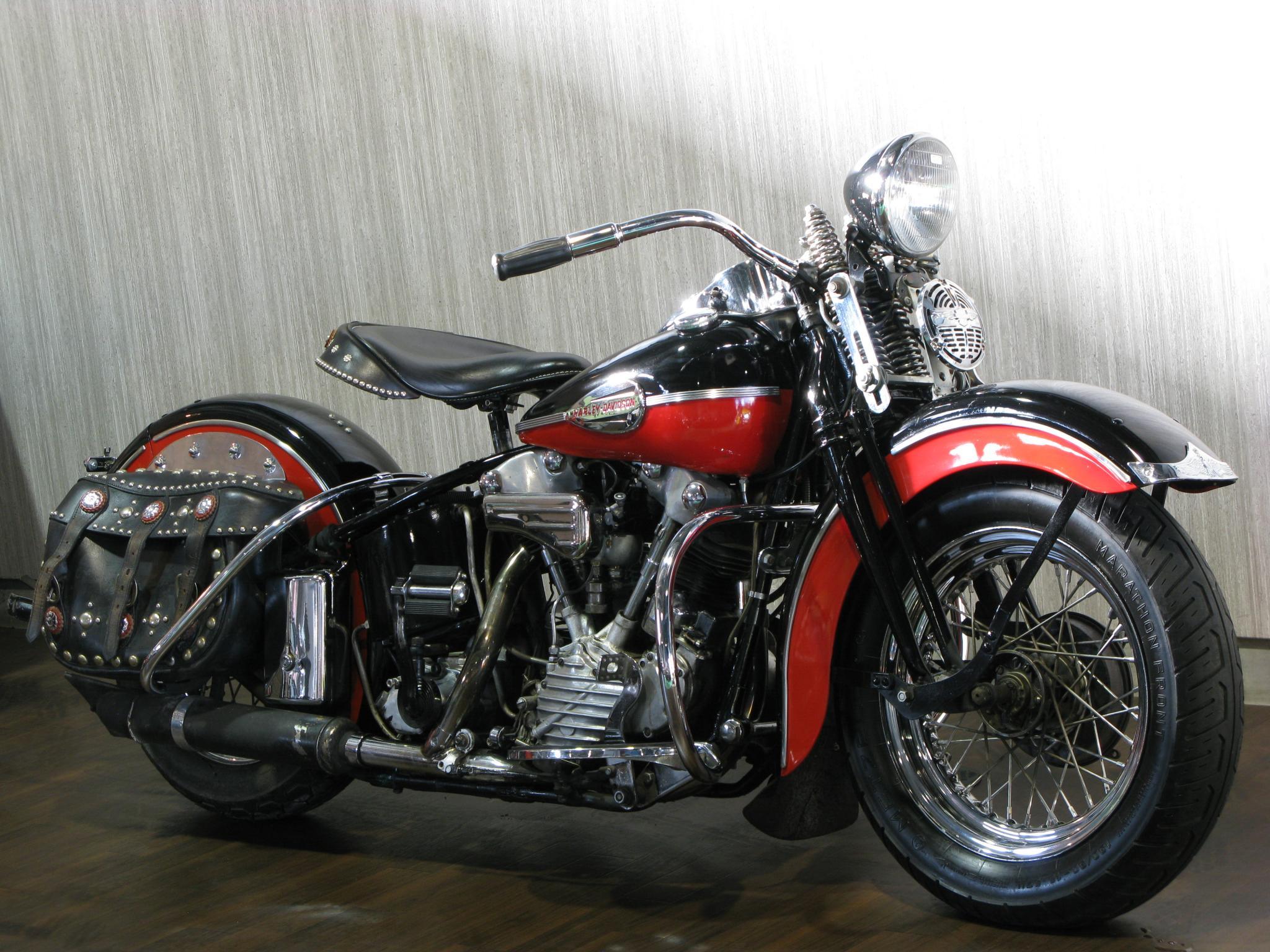 ハーレーダビッドソン 1946 EL 1000 車体写真2