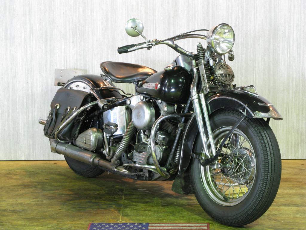 ハーレーダビッドソン 1947 EL 1000 車体写真2