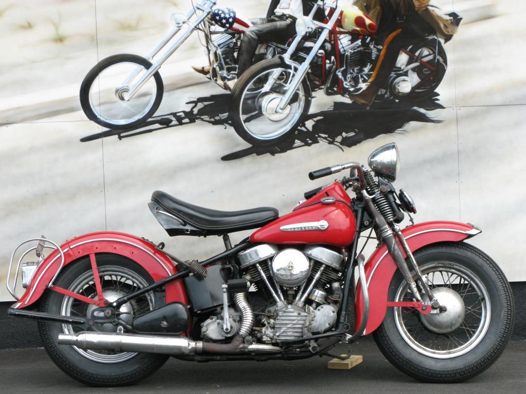 ハーレーダビッドソン 1948 EL 1000 車体写真1