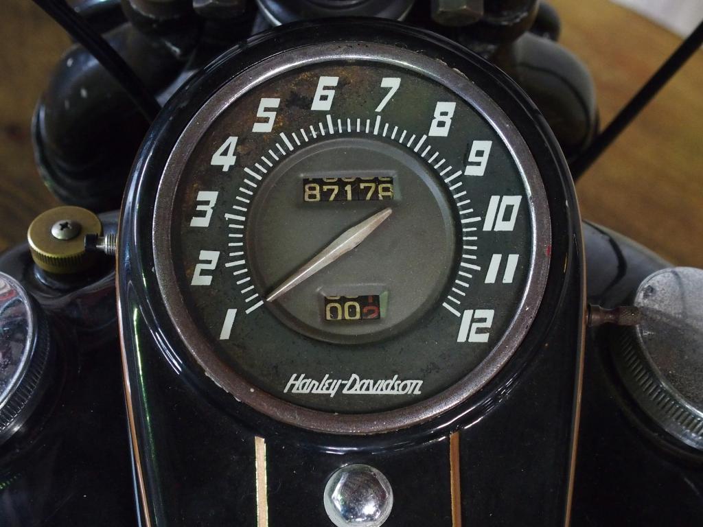 ハーレーダビッドソン 1949 FL 1200 Custom 車体写真9