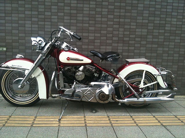 ハーレー FL Hydra Glide pan head 車体写真2