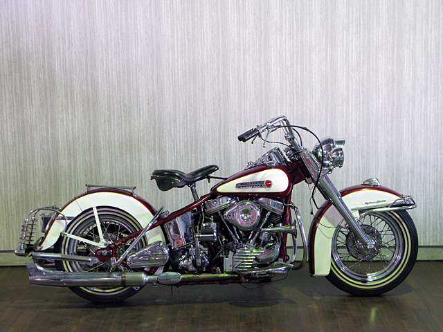 ハーレー FL Hydra Glide pan head 車体写真1