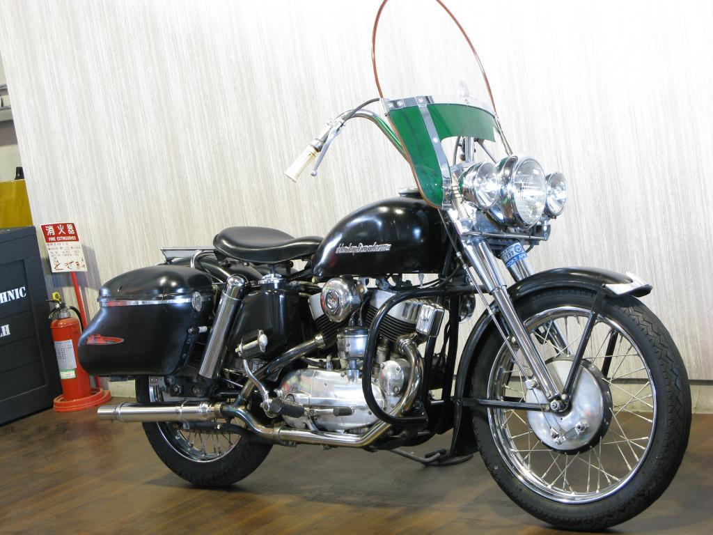 ハーレーダビッドソン 1953 KK Sport Star 車体写真2