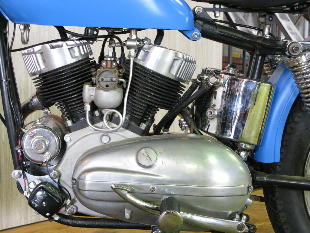 ハーレーダビッドソン 1954 KHRM 車体写真8