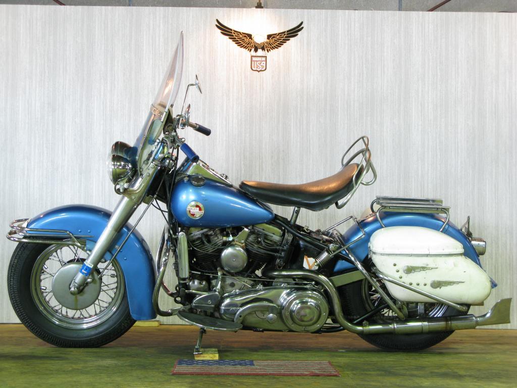 ハーレーダビッドソン 1957 FLH 1200 Hydra Glide 車体写真4