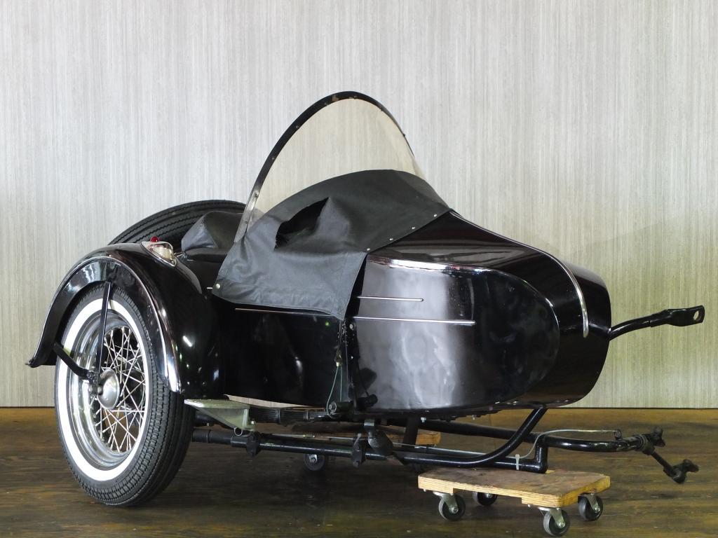 ハーレーダビッドソン 1964 Side car FLH Duo Glide 車体写真1