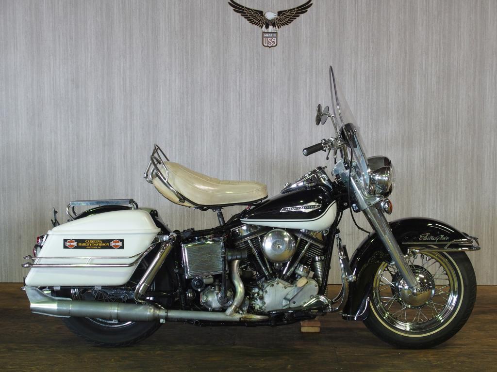 ハーレーダビッドソン 1965 FLH 1200 車体写真1