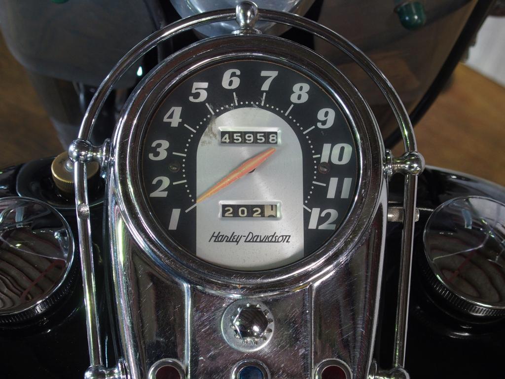 ハーレーダビッドソン 1965 FLH 1200 車体写真9