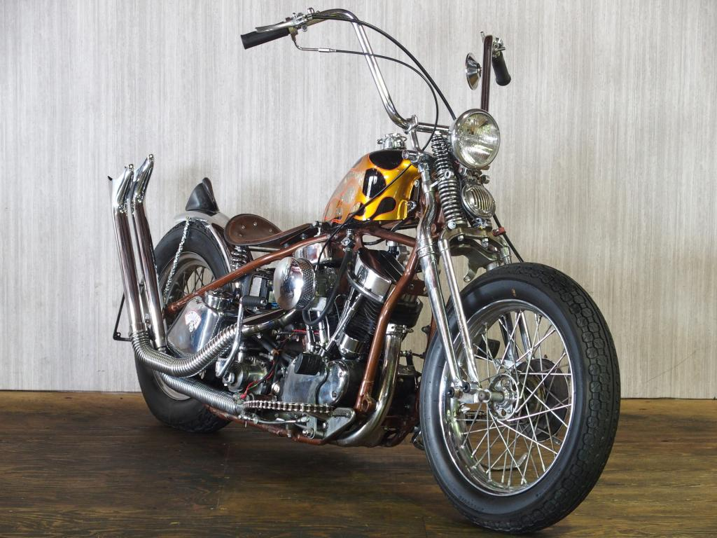 ハーレー FL Rigid full custom 車体写真2