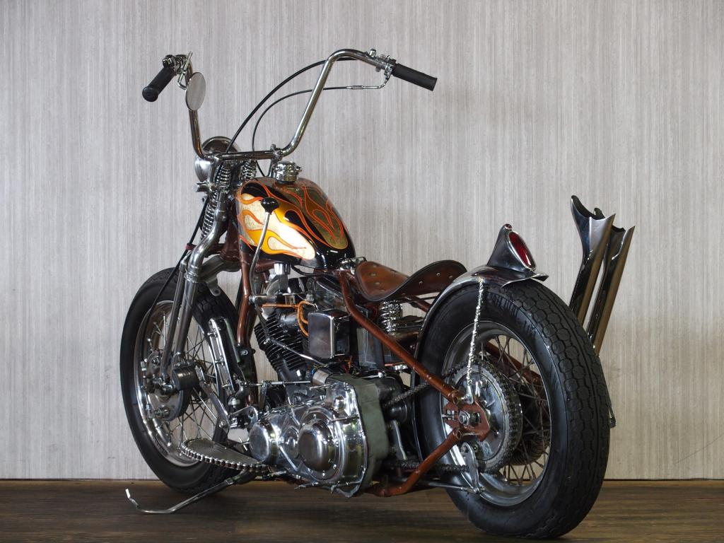 ハーレー FL Rigid full custom 車体写真6