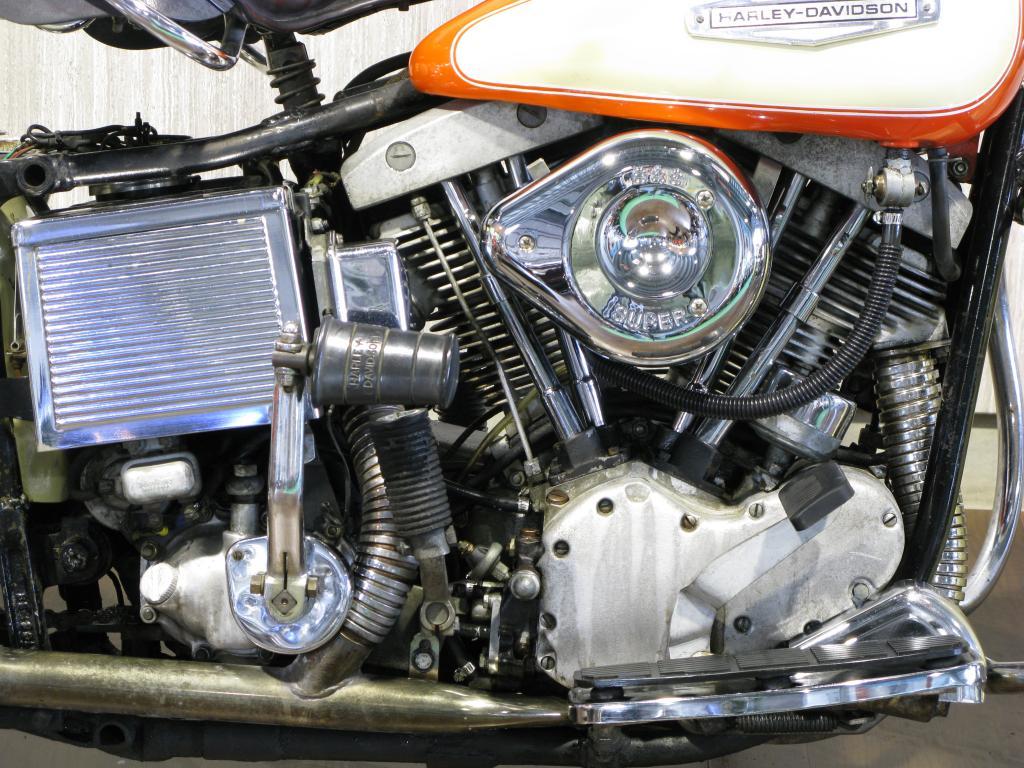 ハーレーダビッドソン 1966 FL 1200 車体写真7
