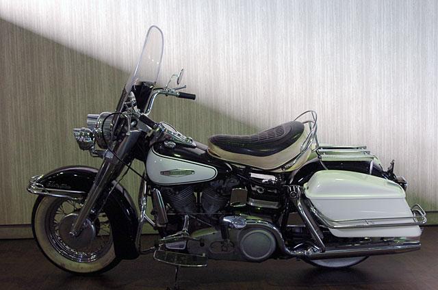 ハーレーダビッドソン 1966 FLH 車体写真4