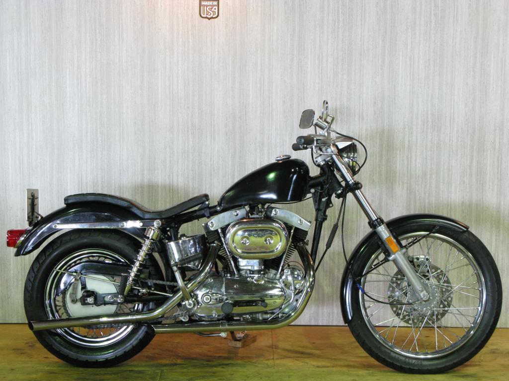 ハーレーダビッドソン 1967 XLCH 車体写真1