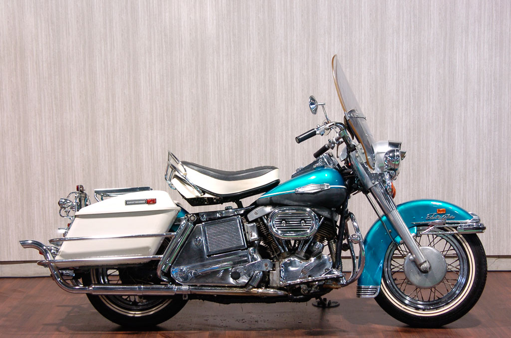 ハーレーダビッドソン 1969 FLH 1200 車体写真1
