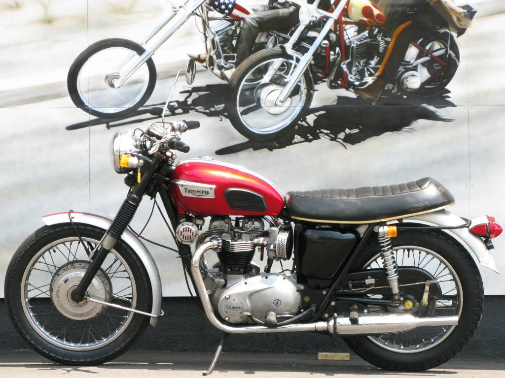 トライアンフ 1969 Triumph Bonneville T120R 車体写真4