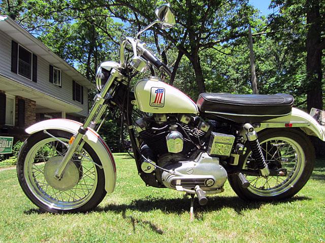 ハーレーダビッドソン 1971 XLCH 900 original 車体写真2