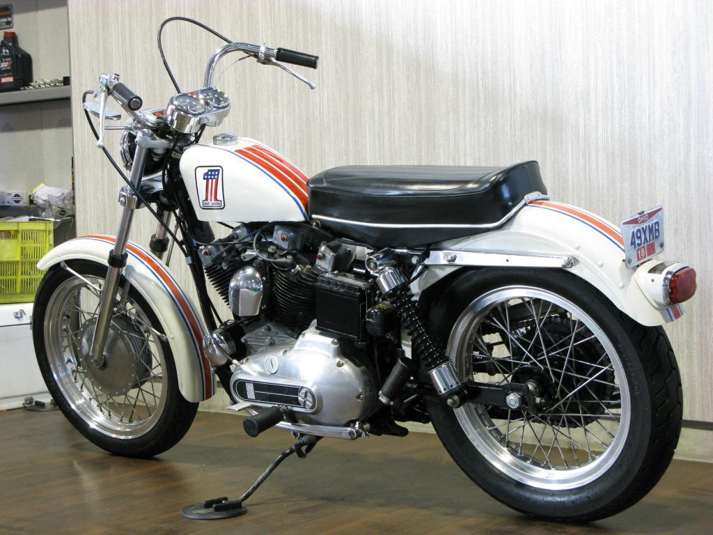 ハーレーダビッドソン 1971 XLCH 900 車体写真6