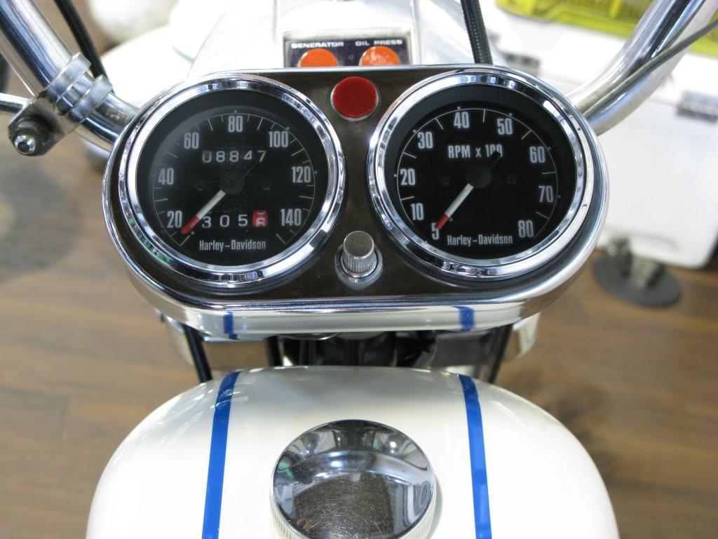 ハーレーダビッドソン 1971 XLCH 900 車体写真10