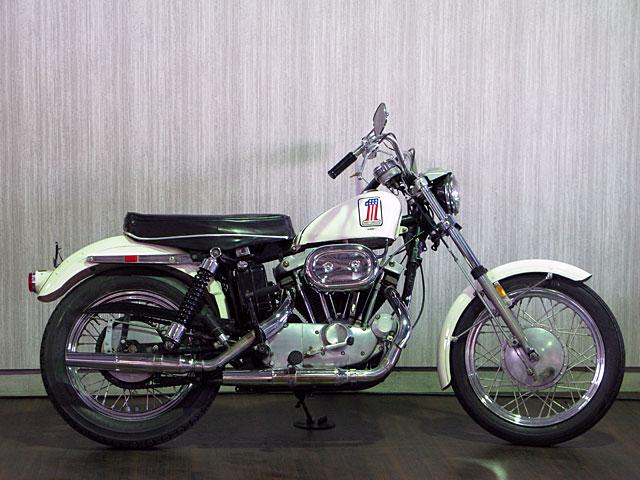 ハーレーダビッドソン 1971 XLCH 900 original 車体写真1
