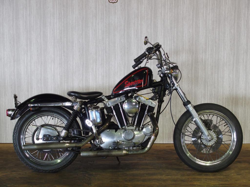 ハーレーダビッドソン 1971 XLCH 車体写真1