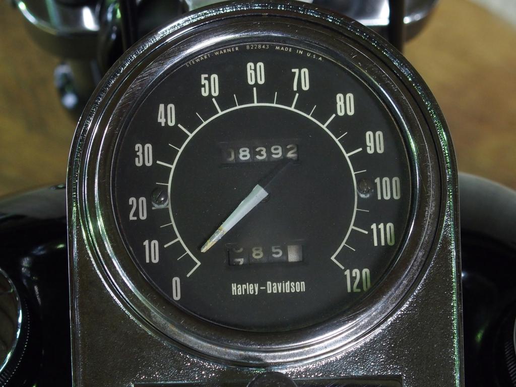 ハーレーダビッドソン 1972 FX 1200 車体写真9
