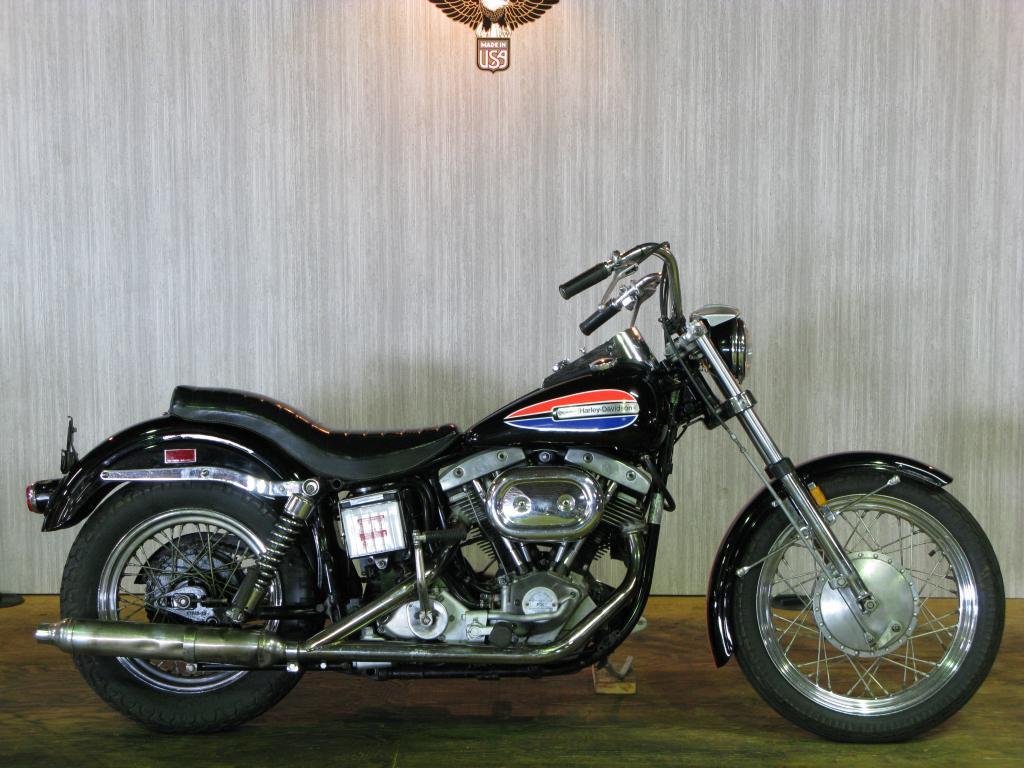 ハーレーダビッドソン 1972 FX 車体写真1