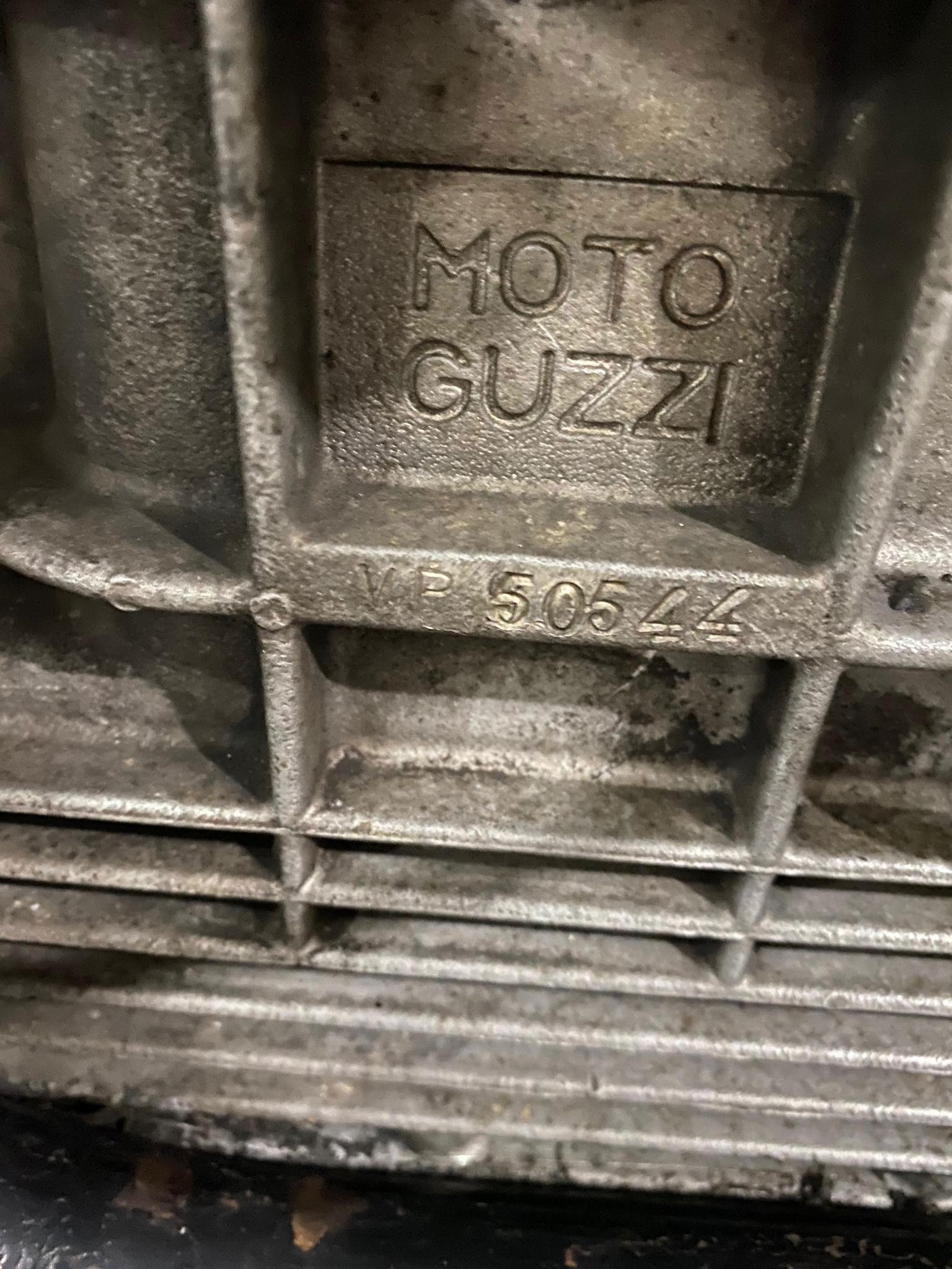 モトグッツイ 1972 Moto Guzzi Eldorado 車体写真11