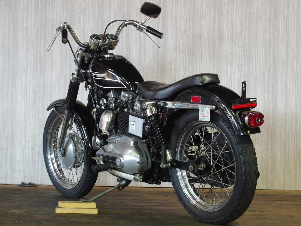 ハーレーダビッドソン 1972 XLCH 1000 車体写真6