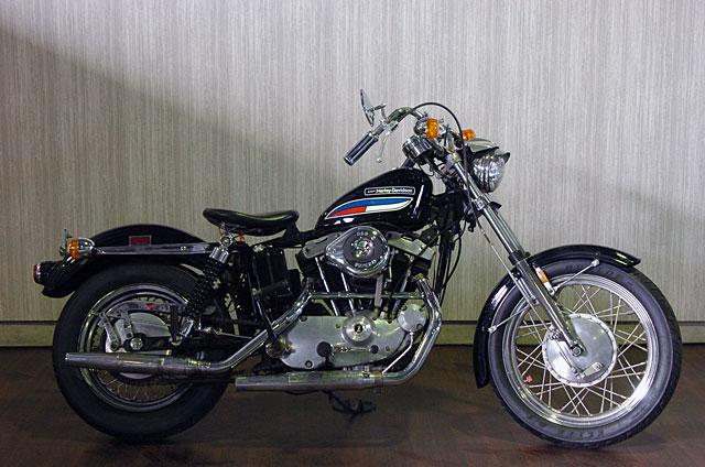 ハーレーダビッドソン 1972 XLCH 車体写真1