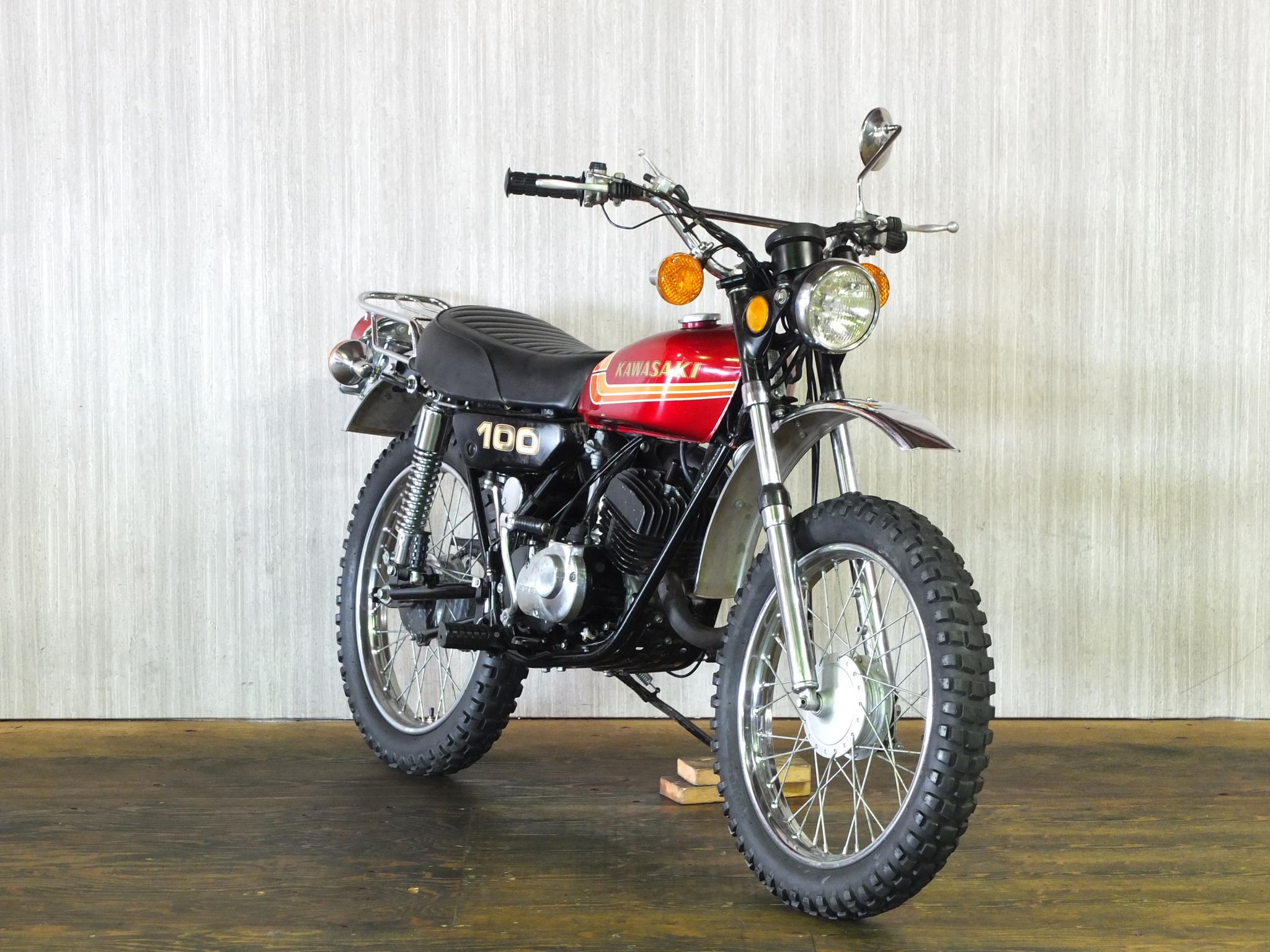 カワサキ 1973 Kawasaki KV100 車体写真2