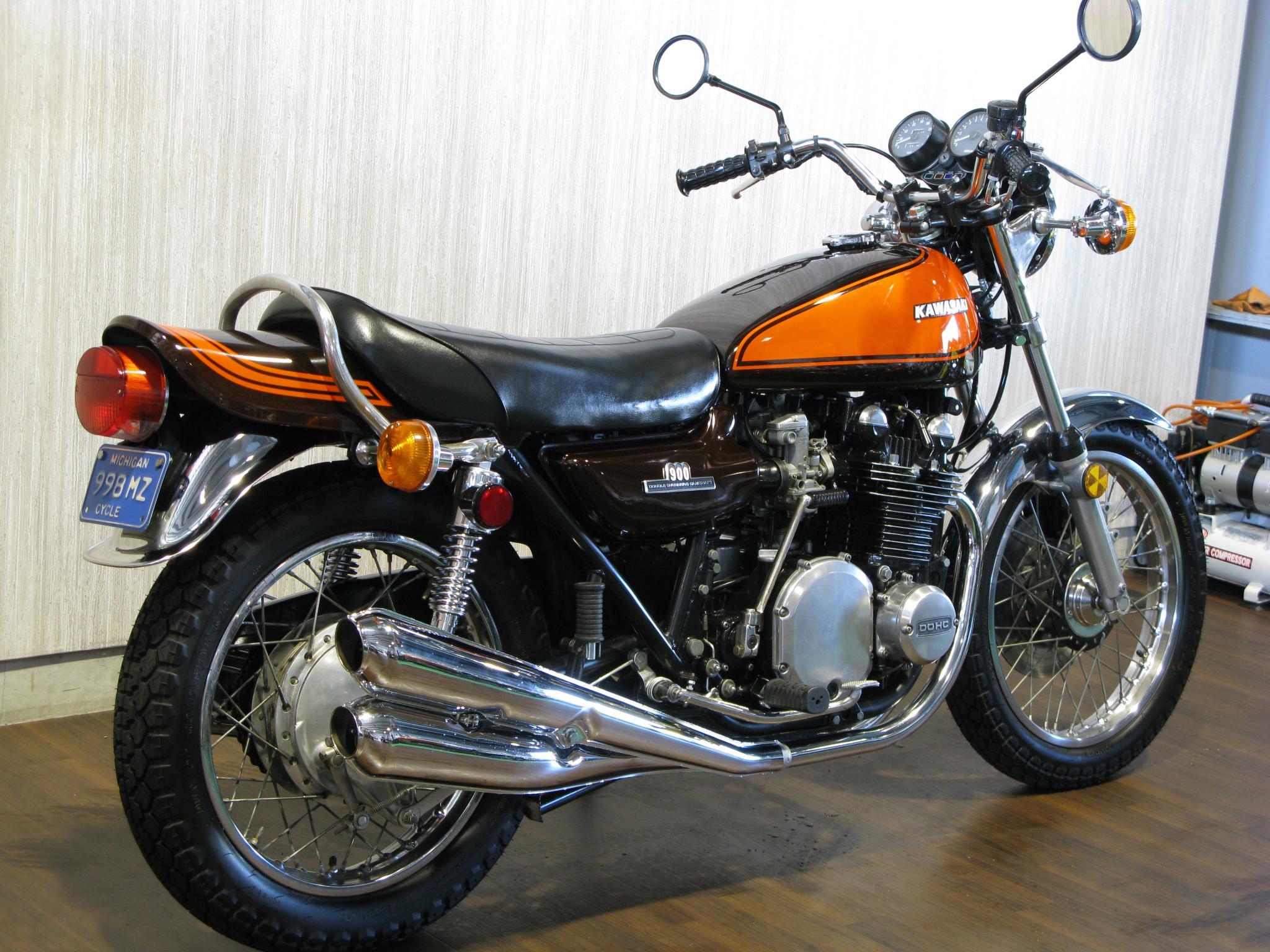 カワサキ 1972 Kawasaki Z1 車体写真3