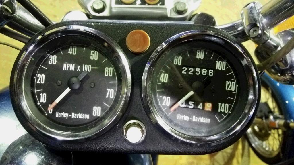 ハーレーダビッドソン 1973 XLCH 1000 車体写真9