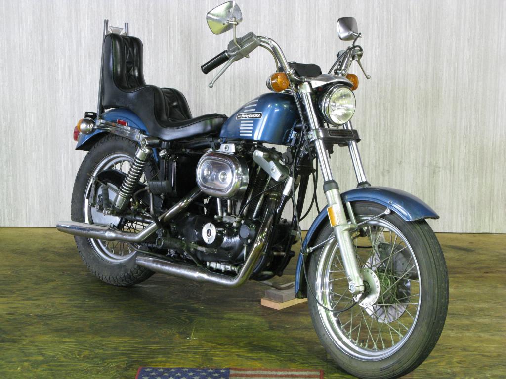 ハーレーダビッドソン 1973 XLCH 1000 車体写真2