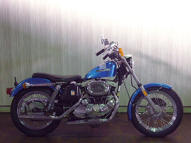 ハーレーダビッドソン 1973 XLH 車体写真1
