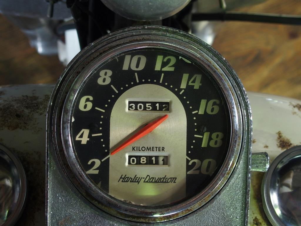 ハーレーダビッドソン 1974 FLH 1200 車体写真9