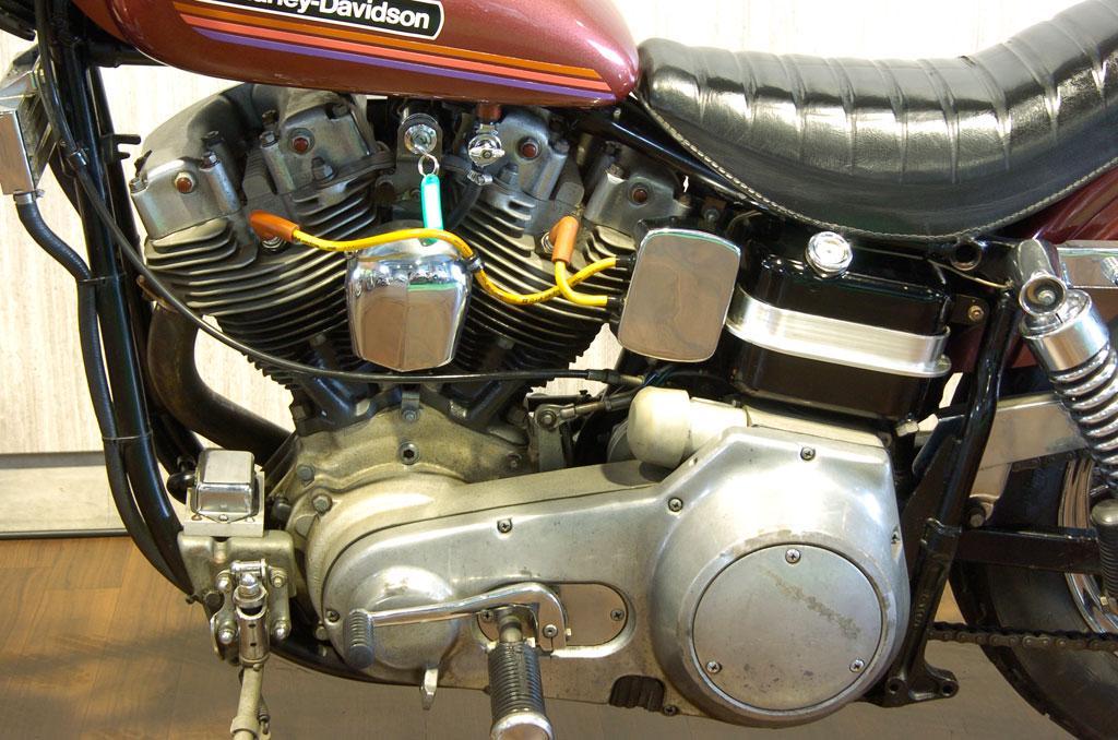 ハーレーダビッドソン 1974 FXE Super Glide 車体写真10