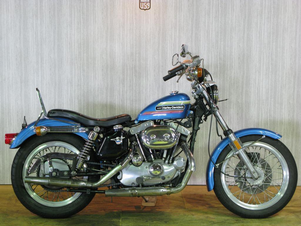 ハーレーダビッドソン 1974 XLH 1000 車体写真1