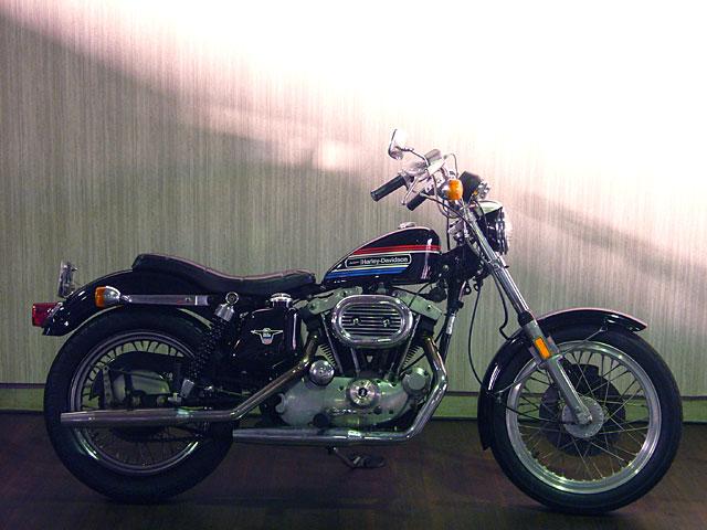 ハーレーダビッドソン 1974 XLH 車体写真1