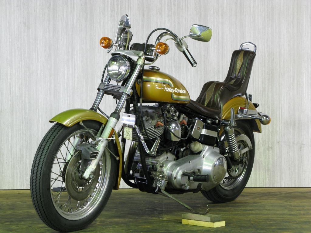 ハーレーダビッドソン 1975 FXE 1200 車体写真5