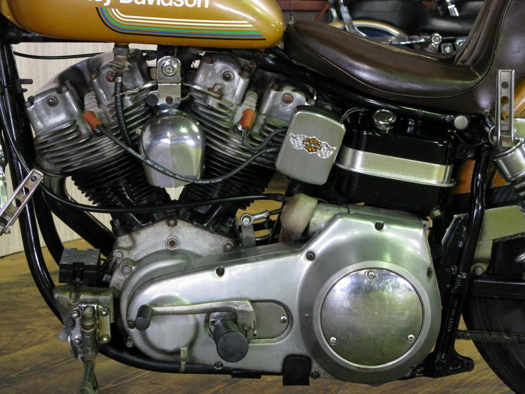 ハーレーダビッドソン 1975 FXE 1200 車体写真8
