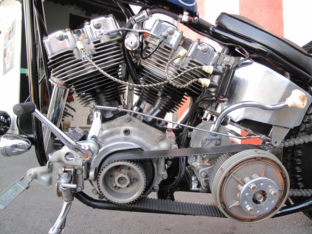 ハーレーダビッドソン 1975 FXE Ridgid 車体写真8