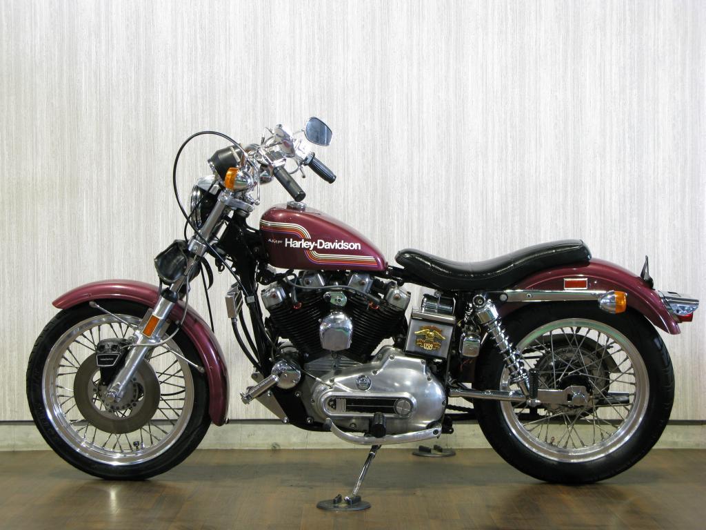 ハーレーダビッドソン 1975 XLCH 1000 車体写真4