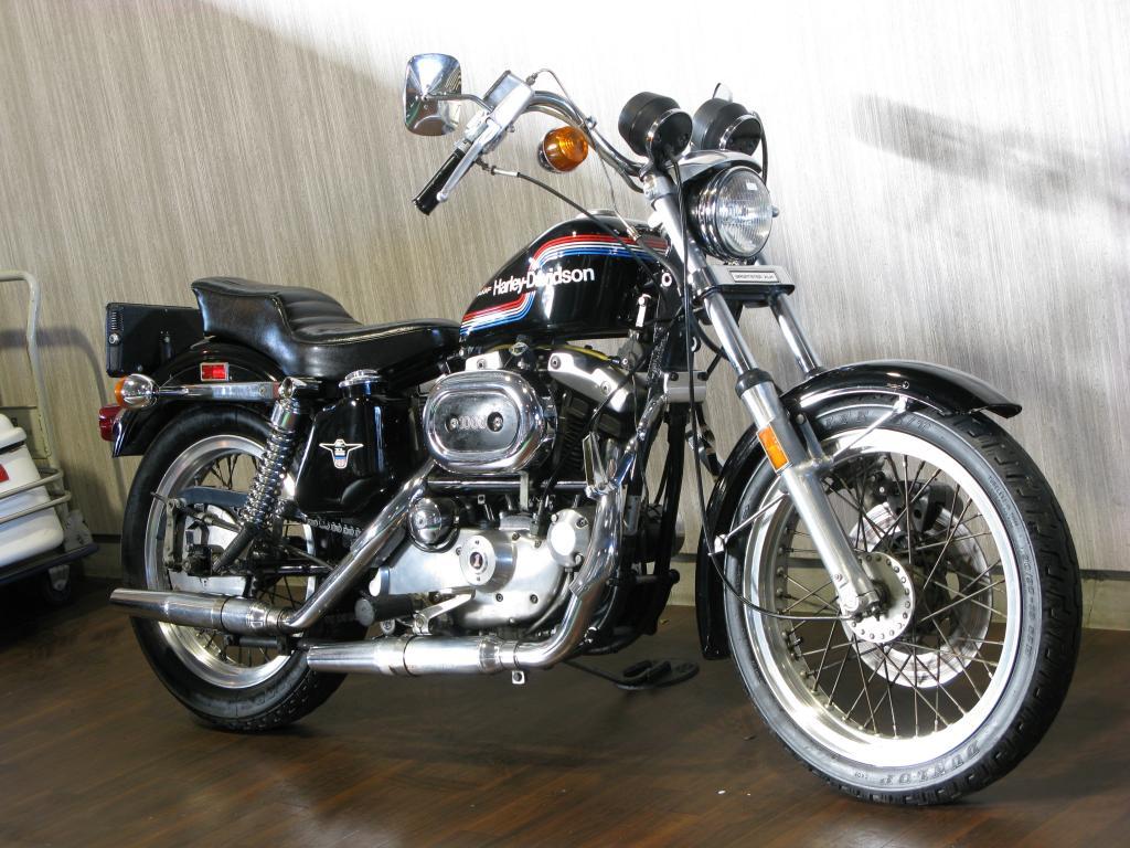 ハーレーダビッドソン 1975 XLH 1000 車体写真2