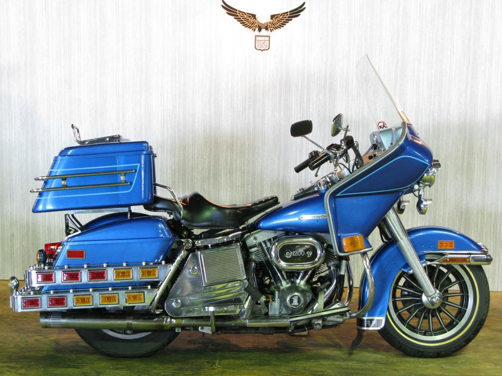 ハーレーダビッドソン 1976 FLH  Liberator 車体写真1