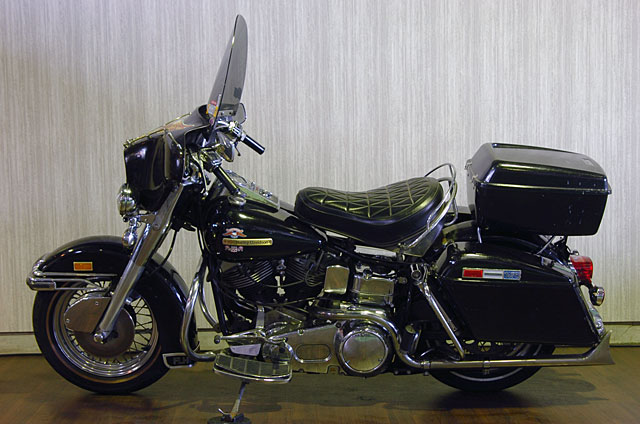 ハーレーダビッドソン 1976 FLH 車体写真4