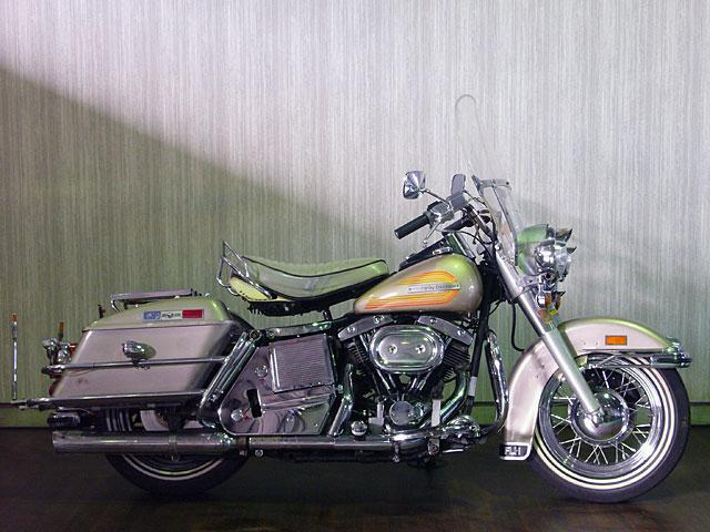 ハーレーダビッドソン 1976 FLH 車体写真1